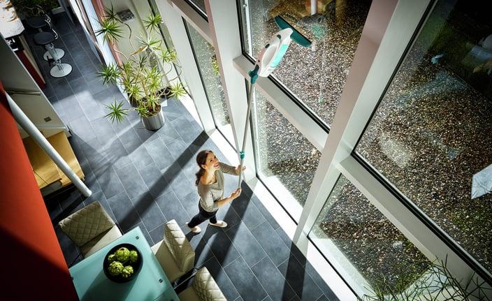 51000-Fenstersauger-Dry-Clean-Anwendung-013