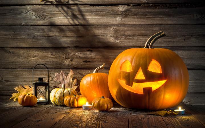 halloween-scene_alexanderrathsss